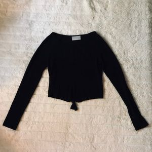 Nollie Long Sleeve Top with knot in the front